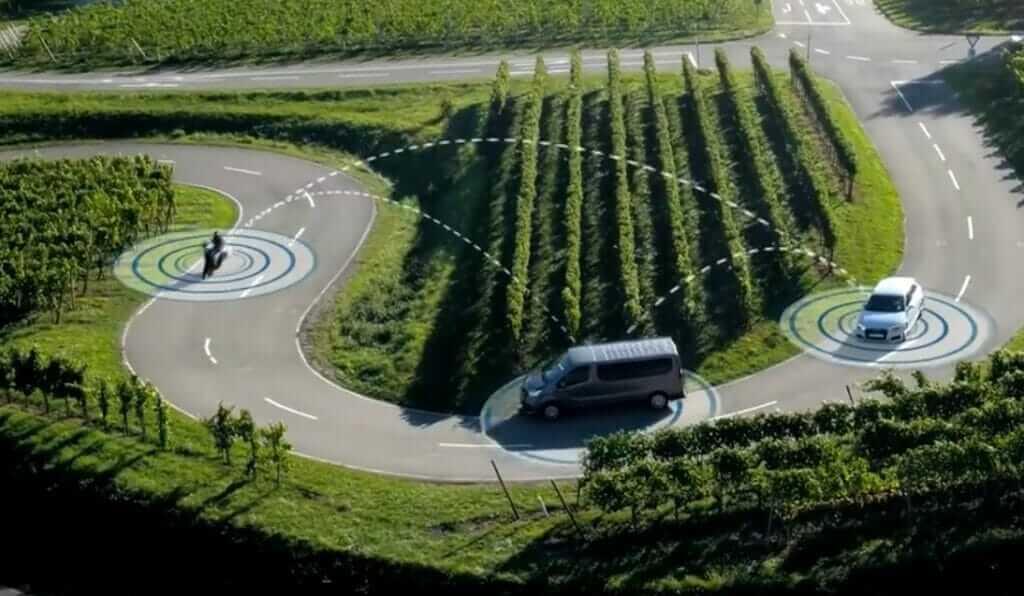 autotalks Vehicle to Motorcycle Communication Scenario